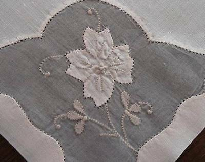 Vintage Madeira Linen Organdy Embroidered Dinner Napkins Applique Flower