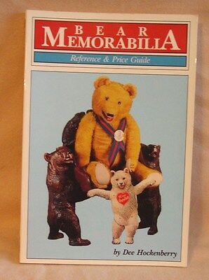 Book - Bear Memorabilia Reference and Price Guide by Dee Hockenberry