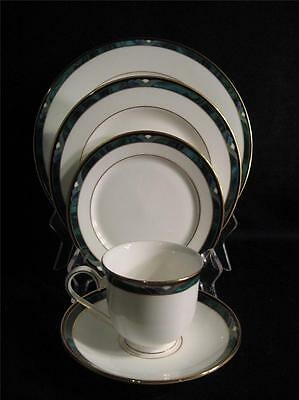 Lenox Usa Kelly Five Piece Place Setting - New In Box