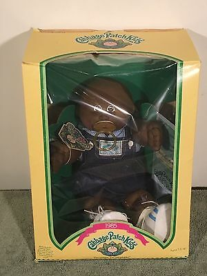 1985 Cabbage Patch Kid - Coleco - James Lester - Brown Eyes Dimple NIB