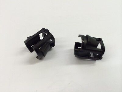 "Vauxhall Fuel Filter Pipe Clips ""PAIR"" 90542453"