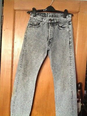 orignal vintage levis denim jeans w28 L32 from 70/80s bought from USA. Black