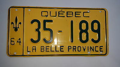 Superb 1964 Quebec  License Plate 35-189