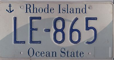 ������  Authentic Usa 2005 Rhode Island Ocean State License Plate.  Wave