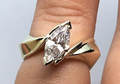 14k Yellow Gold CZ ENAGAGEMENT RING Marquise SOLID 6.7 GRAMS - SIZE 6 - SIZABLE