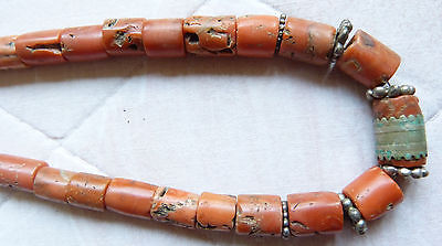 extraordinary antique coral  necklace, 76 g, undyed, untreated natural coral !