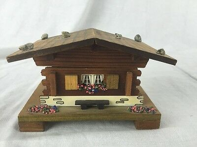 Lador Swiss Musical Movements Music Box Eucerne Wood House Chalet