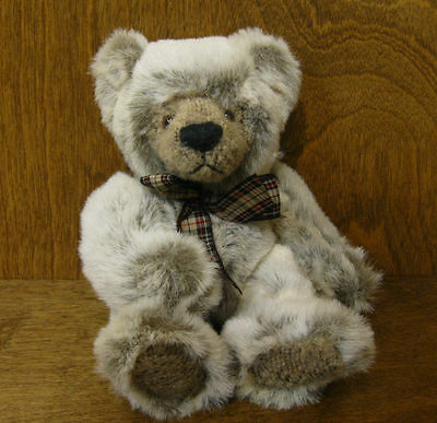 """Russ Berrie Plush #100347 WESLEY, 8"""" , NEW From Retail Store Mint/tag,"""