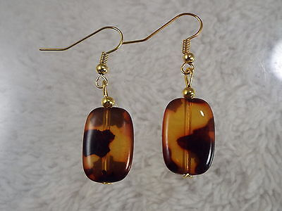 Goldtone Acrylic Tortoise Shell Bead Pierced Earrings (D9)