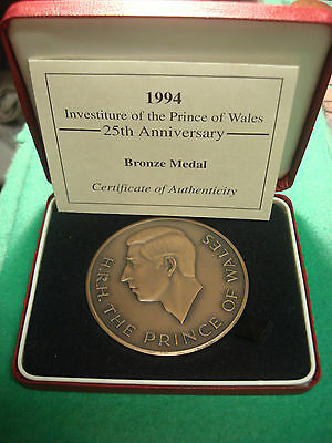 Royal Mint Prince Of Wales Huge  Bronze Medal 1994 25Th Anniversary Investiture