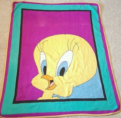 Vintage VTG Tweety Bird Looney Tunes Blanket  60 x 48 inches