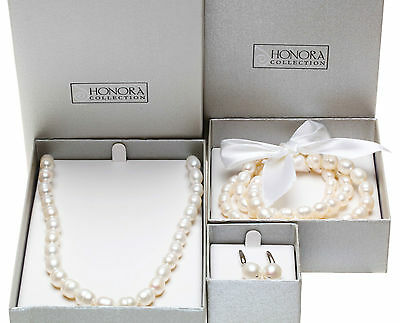 HONORA COLLECTION FRESHWATER CULTURED PEARL NECKLACE, BRACELET and EARRING SET