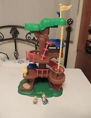 CAILLOU TREEHOUSE FORT w Characters HTF PBS TV Cinar 2002