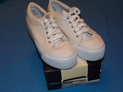 Women's Tommy Hilfiger White Platform Canvas Sneakers Shoes - SIZE 9 1/2 MED.