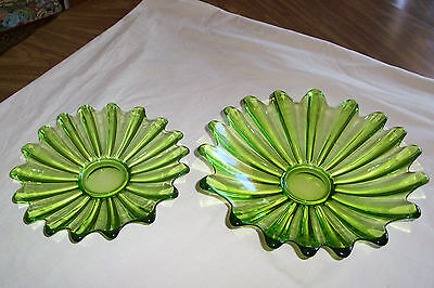 2 Celeste Carnival Green Center piece bowls  1 small, 1 larger ------   ( 3  )