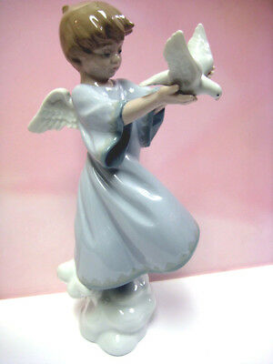 Peace On Earth Angel By Lladro   #8533