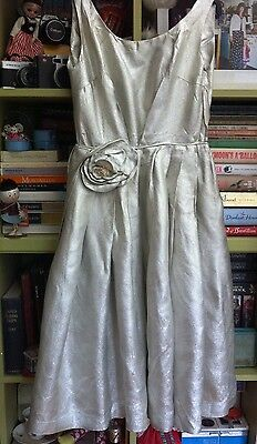 TRUE VINTAGE EARLY 1960s SILVER LAME DRESS - SIZE SMALL 8