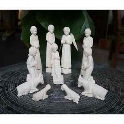 Hand Crafted Wooden Christmas Nativity Scene Holy Family 12 pieces Madagascar