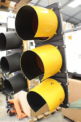 Large 12 Inch 3 Light Led Traffic Signal W/ Controls  Plug In And Watch It Work