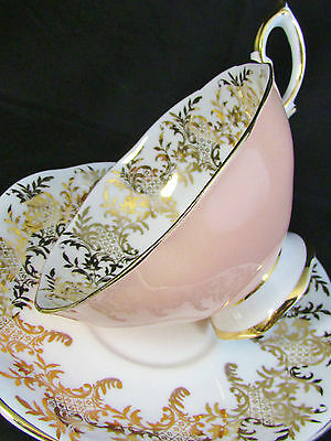 Royal Standard Ornate Gold Designs Peach Widemouth Tea Cup And Saucer