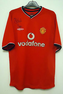 Manchester United Home Football Shirt By Umbro Size M Signed By Dennis Irwin