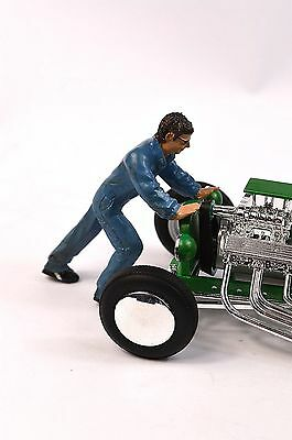 Ken Mechanic Figure American Diorama 24030 1:24 Accessory Car Not Included
