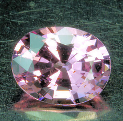 toller      SPINELL      klasse  Farbe   0,91 ct