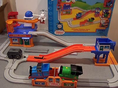 Tomy 2005 Thomas Friends & Percy Big Loader Mail Delivery Flying Harold Chassis