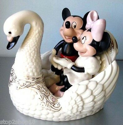Lenox Disney Romance Under The Stars Mickey & Minnie Ride on Swan Figurine New