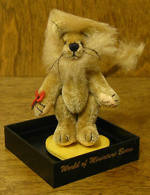 World of Miniature Bears #1001 COURAGE, by Becky Wheeler, NEW From Retail Shop