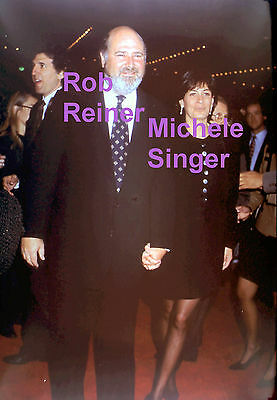 ROB REINER ALL IN THE FAMILY MISERY ED TV W/ WIFE RARE UNSEEN PRESS 5x7 PHOTO