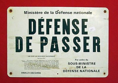 Canada National Department of Defense Metal Guardhouse Sign bac
