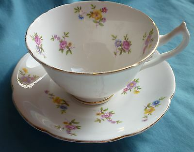 Pretty Vintage Floral Bone China Cup & Saucer