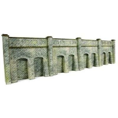 Metcalfe - PN144 - N Scale Retaining Wall in Stone Kit Requires Making