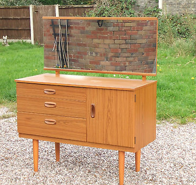 Vintage/Retro Mid-Century Schreiber Dressing Table ~ with Mirror & Drawers