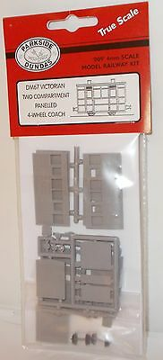 Parkside Dundas 009 DM67 - 4-Wheel Two Compartment Panelled Coach Kit - New(009)