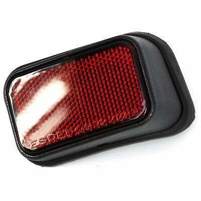 Rear Red Reflector for Toyota Hilux pickup Mk4 Mk5 01-05 RH lamp lens offside OS