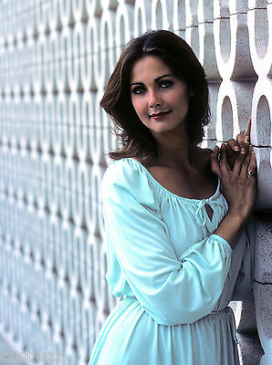 Lynda Carter - Photo #x3 - Starsky And Hutch Guest Star