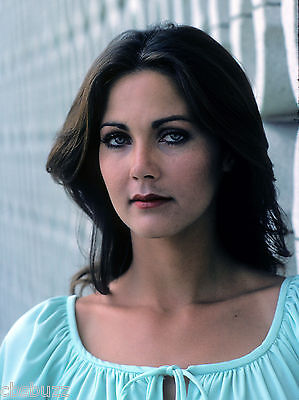 Lynda Carter - Photo #x2 - Starsky And Hutch Guest Star