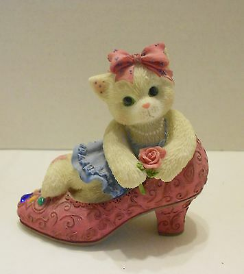 Calico Kittens It's Not Easy to Fill Your Shoes 314501