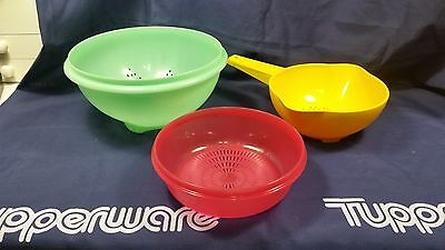 Vintage Tupperware set of 3 Strainer Colander Green Yellow small red