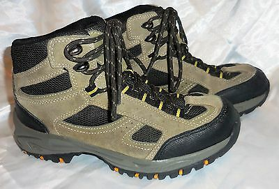 DENALI - HIKING BOOT - Youth Sz 4 -Total Terrain Style # MY0112A