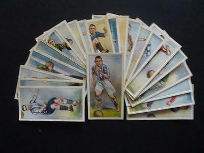 x 22. diff FOOTBALLERS 1928-9. 2nd series (1929.) by PLAYER'S.