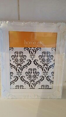BNWT 10X8 Photo frame in white very pretty great for any home