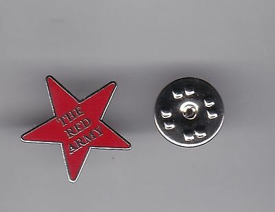 """Aberdeen """" The Red Army """" - lapel badge butterfly fitting"""