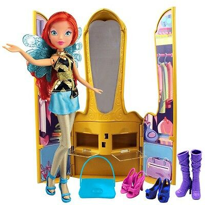 Winx Club - Magic Throne with Doll Bloom & Accessories