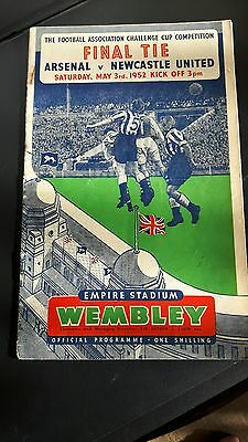 1952 FA CUP FINAL OFFICIAL PROGRAMME ARSENAL v NEWCASTLE UNITED,