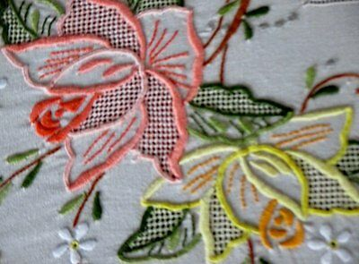 "VINTAGE MADEIRA TABLECLOTH-BEAUTIFULLY HAND EMBROIDERED-66""x120"""