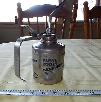 GREAT Vintage PLEW Tools Metal Pump Oiler Can Oil Like the Graphics!