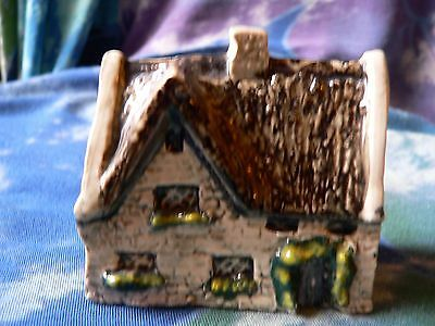 Tey Pottery Miniature  Countryside Collection Cottage